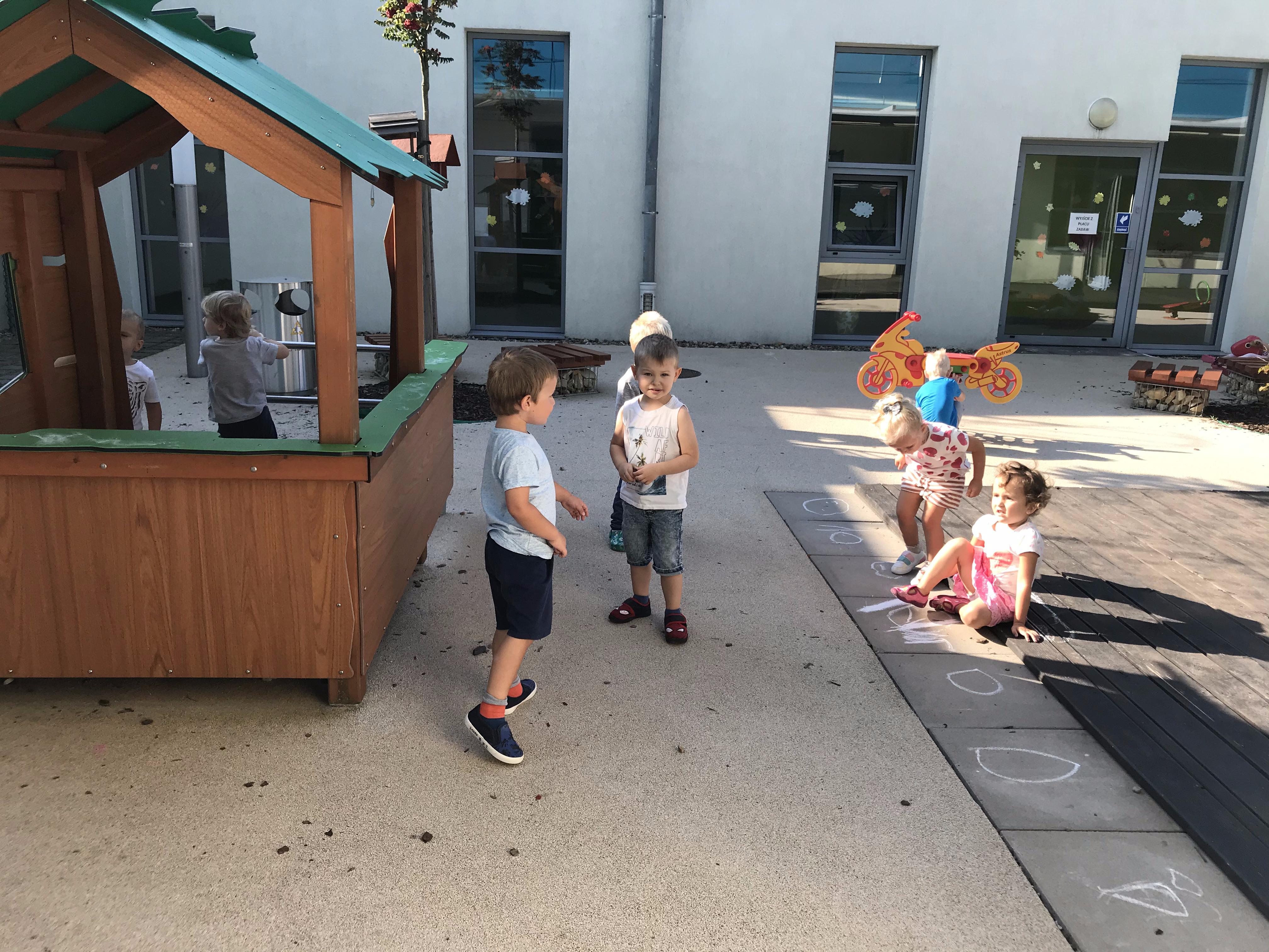 Codzienne zabawy na placu zabaw :)